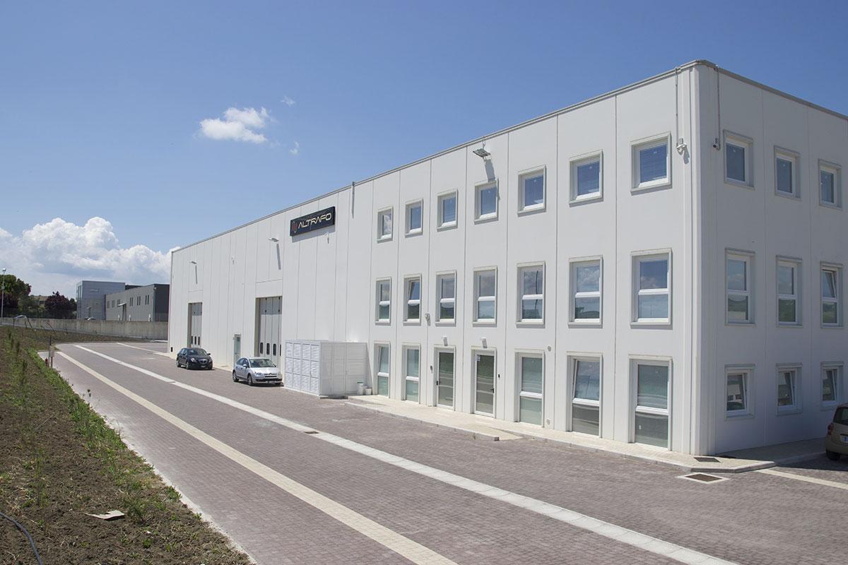 stabilimento-produttivo-altrafo-trasformatori-in-resina-olio-produzione-vendita-made-in-italy-matera-basilicata