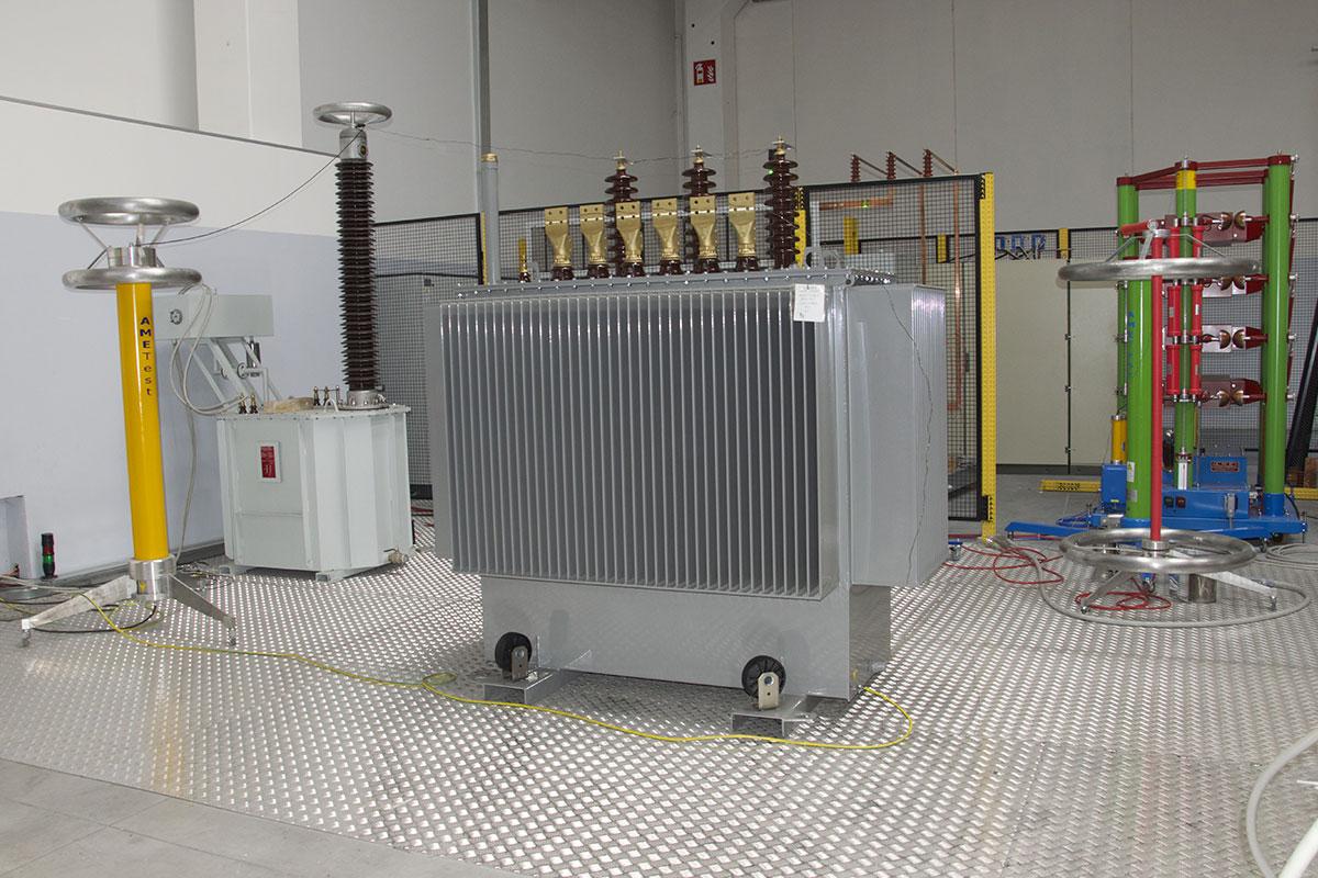 trasformatori-in-olio-2-altrafo-trasformatori-in-resina-olio-produzione-vendita-made-in-italy-matera-basilicata